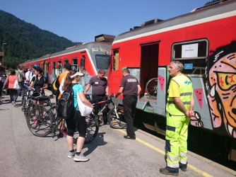 Vabilo na posvet: Vlak in kolo v letu železnic